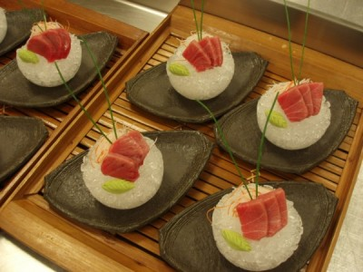 Tuna Sashimi on Ice Laocook