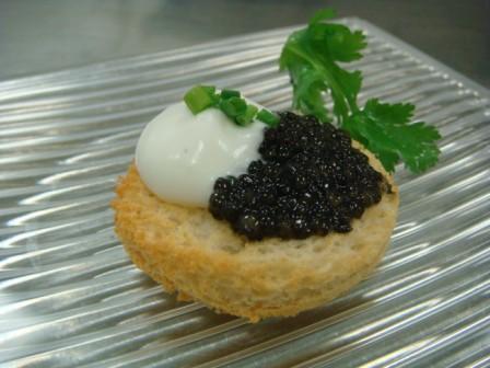 Laocook caviar Toast