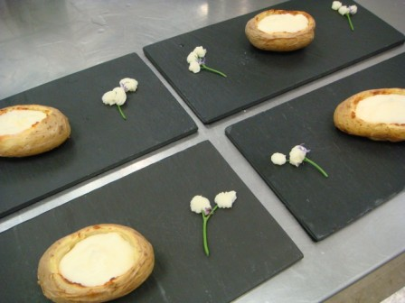 Potatoes Caviar Laocook